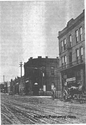 Pomeroy Washington 1909 (Main Street at [then] 3rd Street)